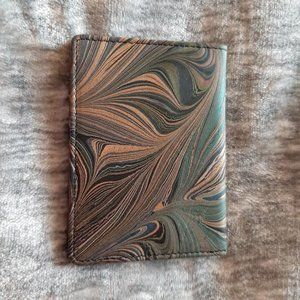 NWOT Leather swirl card case by Solace